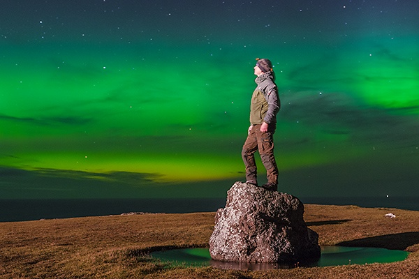 Avonturier en spreker Melvin Redeker geniet van het Noorderlicht